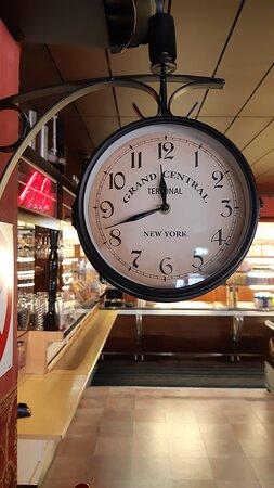 Restaurangens klocka.