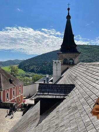 Krásny výhľad z Oravského hradu