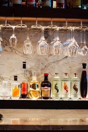 Bar Flâneur
