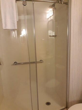 shower was large and clean