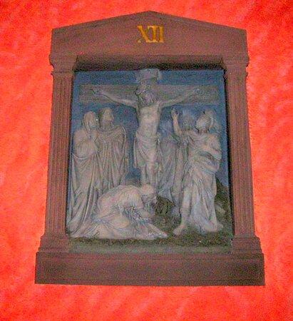 Relief  vom Kreuzweg, in der St. Ludwig Kirche, in Darmstadt...