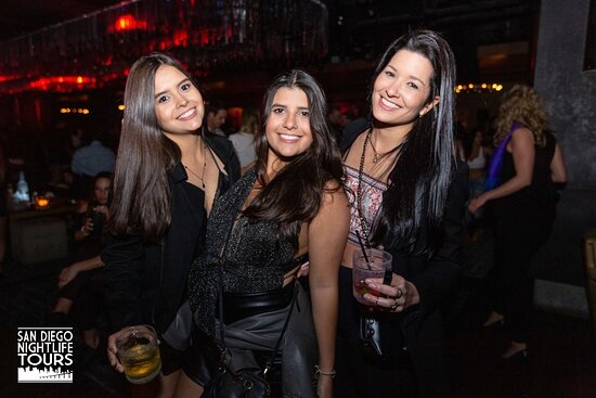 """""""Drink, Mingle, & Dance!"""" Club Tour (4 clubs included): Girls night out!"""
