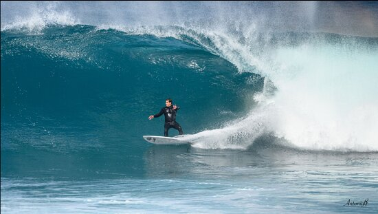 team marcos perez E7 surf maspalomas school the real one