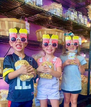 More popcorn lovers!