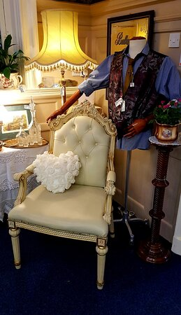We always have a mix of furniture, jewellery, curios and clothing.