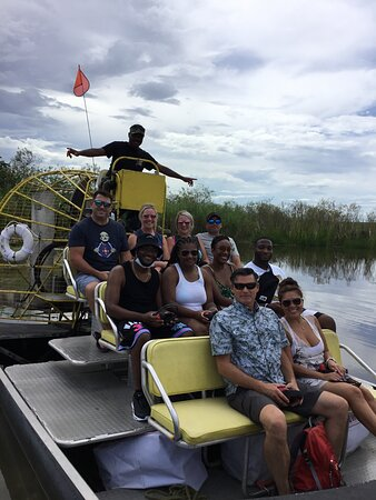 2 Hour Private Airboat Tour The 2 hr private Airboat Adventure covers approximately 17 miles of the Florida Everglades. This is the way to go if you want to see the Florida Everglades. It is just enough time to fall in love with the beautiful sounds, take some great pictures and explore an island a bit. Animals are all throughout the Everglades, The 2-hour adventure has the advantage of covering more ground. A unique and fantastic experience on all levels,