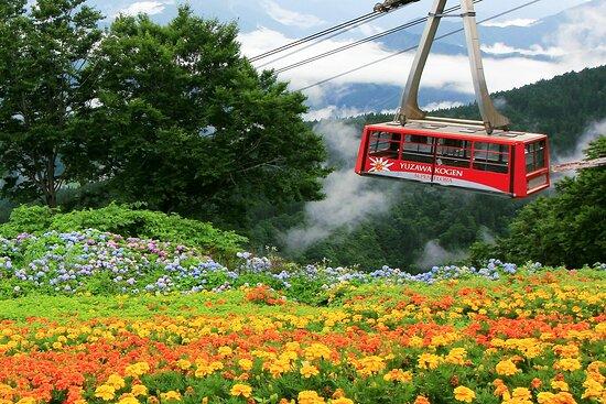 湯沢町, 新潟県, 世界最大級166人乗りロープウェイ
