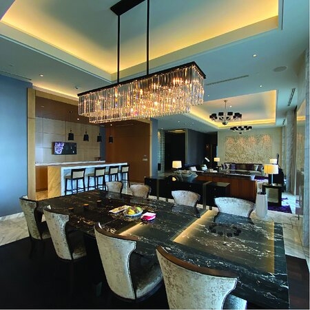 Dining room with bar area
