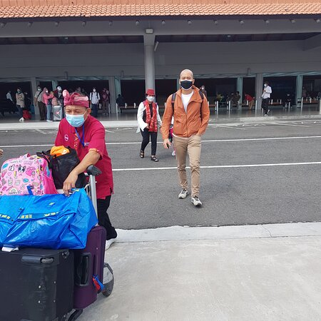 All our visitors who will arrive in Bali Airport, or from your hotel in Bali get back to the airport, weherever you are in Bali, it doesn't matter day or night, urgent non-urgent, to make your traveling comfortable and no stress, call us and use our private pick-up shuttle service.
