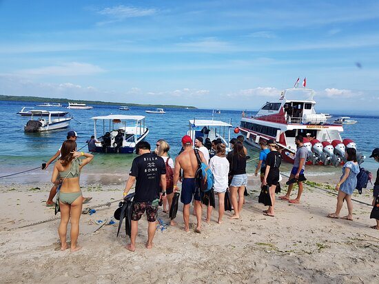 Denpasar, Endonezya: Fast Boat to Nusa Penida https://balikingtour.com/fastboat-ticket.html