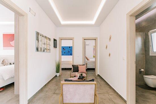 Pefkos, Griechenland: Bedroom 1, bedroom 2, bedroom 3 share area and bathroom