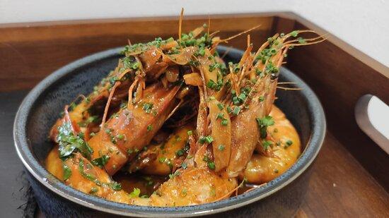 Camarão frito com alho