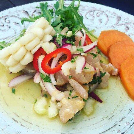 Ceviche de corvina, otro de nuestros platos fuera de carta.