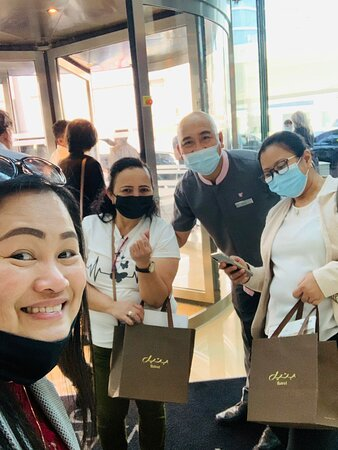 Happy customer and attended well by Kuya Rozaldo who was very jolly and helpful. We Recommend JW Marriott Marquis Dubai to all trip advisor customer as they have great food and accommodating staff. Job well done