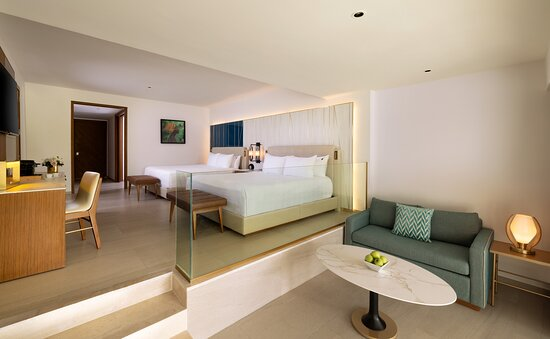 Islander Junior Suite Two King beds with sofa bed