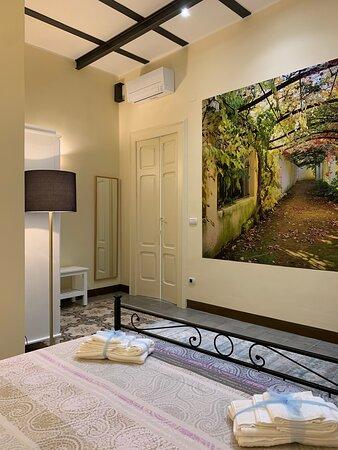una stanza della suite Porta Cappuccini