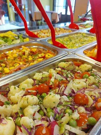 Buffet de ensaladas por peso