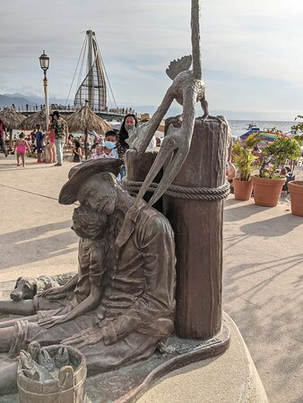 The Fishermen Statue.