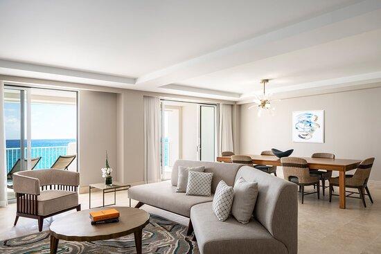 Caroline Astor Suite - Living Area