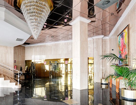 Hall del Hotel Palace