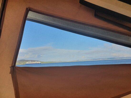 View of campsite and bay - Изображение Kirkwall Bay Touring Park, Мейнленд - Tripadvisor