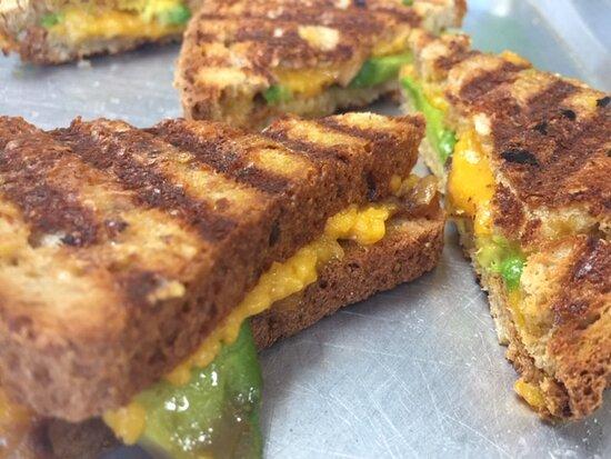 Gluten free vegan stuffed grilled 'cheeze'