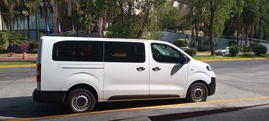 Expert Peugeot capacidad 7 pasajeros