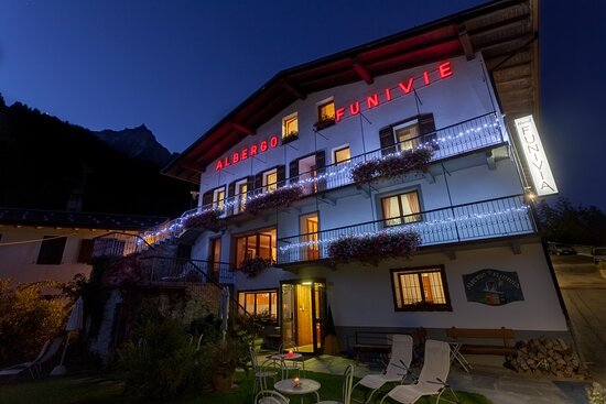 Camera mansardata – Bild von Hotel Funivia, Courmayeur - Tripadvisor