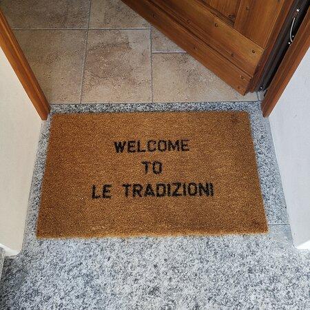 Villa Di Tirano, Italia: Accoglienza eccellente da parte della proprietaria, appartamento in condivisione con camera e bagno privati. Pulizia decisamente accurata ed estrema attenzione ai particolari. Voto 10.