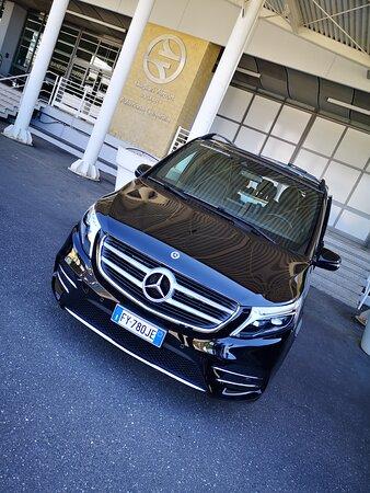 Airport Cagliari VIP Service V Class Mercedes
