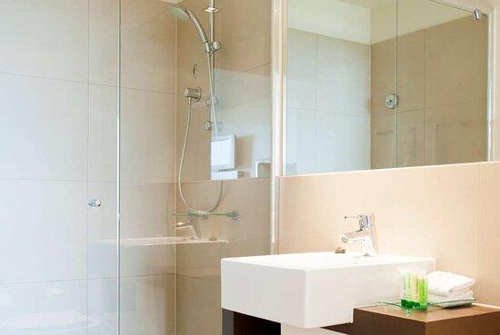 Bedroom Apartment Bathroom