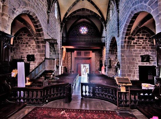 Eglise Saint-Martin de Saint-Martin-Valmeroux