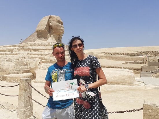 Gizé, Egito: Infront of sphinx with lovely german family