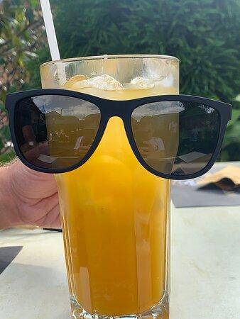 Lazító mangó limonádé