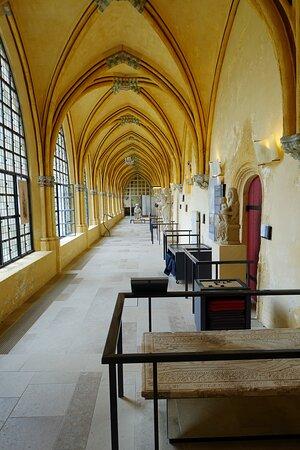 Musée du Cloître Saint-Corneille, Compiègne