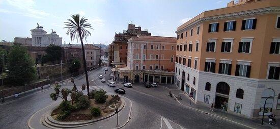 Vista piazza