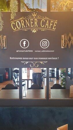 París, Francia: Suivez nous sur Facebook et Instagram