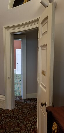 Owens Thomas House & Slave Quarters, Jepson Center, Telfair Academy Ticket Combo: curved door