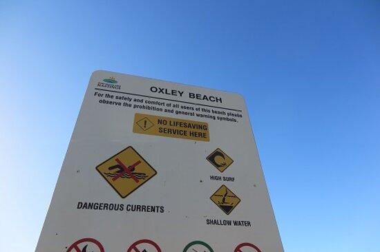 Oxley Beach Signage