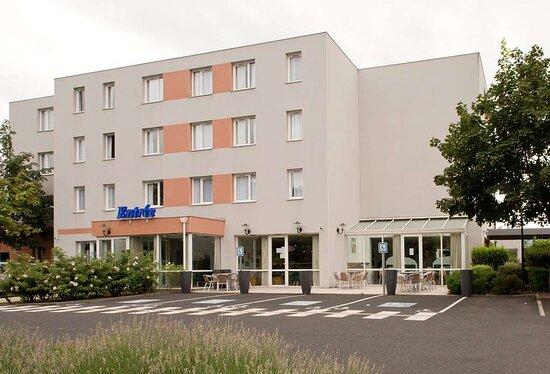 exterieur Kyriad Clermont-Ferrand-Sud-La Pardieu