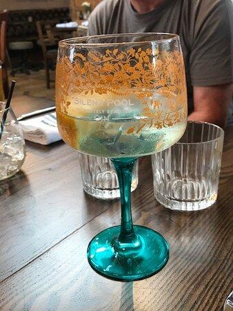 Lovely Silent Pool Gin