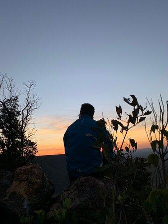 Travessia ao Parque Jalapão de 14 a 21/07/2021 melhores guias de turismo de todas nossas aventuras Jefferson, Bob e Iago da Cerrado Rupestre são simplesmente incríveis atentos a cada detalhe das necessidades do grupo, conhecedores da Região fizeram toda a diferença em nossa aventura através de exploração de Cânions, subidas a montanhas, trilhas em meio à natureza e cachoeiras fantásticas e uma descida de Rafiting simplesmente indescritível em 2 horas de pura emoção e contemplação, nota 1.000