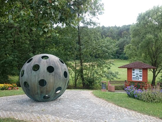 Ženavlje, a memorial on the spot where a stratospheric balloon with two Belgian scientists aboard (Max Cosyns and his assistant Nérée van der Elst) landed on August 18, 1934.