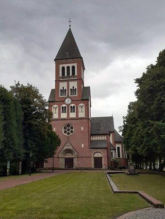 Schöne Kirche St. Michael Papenburg