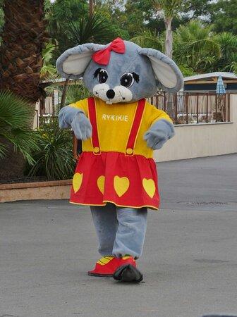 Une des mascotte du camping nommée Rykikie.
