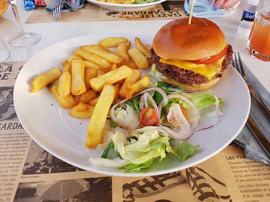Soirée burger suivi du jeu burger quizz au bar restaurant du camping.