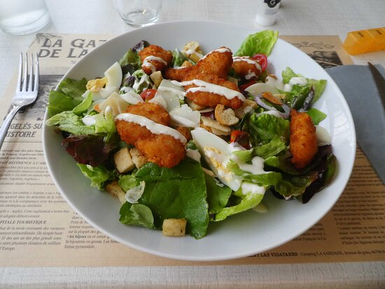 Salade césar au bar restaurant du camping.