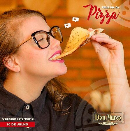 Marque aquele amigo que vai pagar a pizza hoje. Feliz dia da Pizza!!!🍕🍕😍