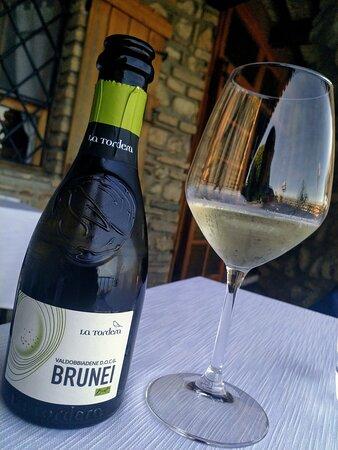 Vino bianco frizzante di Valdobbiadene