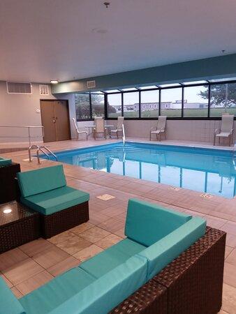 אוונסוויל, אינדיאנה: Pool area